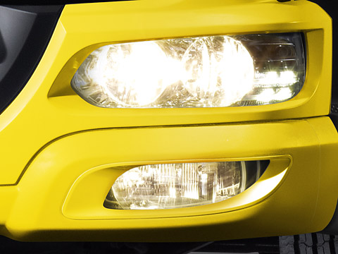 DAF-New-Euro-5-LF-lights-480